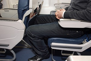 airline seat pitch